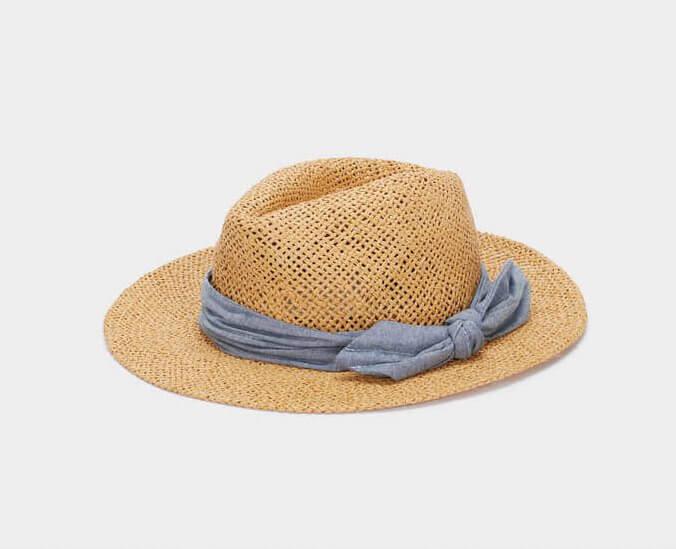 chapéu de palha com fita azul da parfois